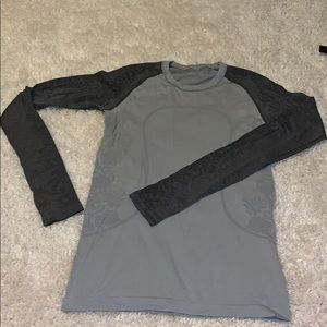 Lululemon Two-tone Gray long sleeve Swiftly
